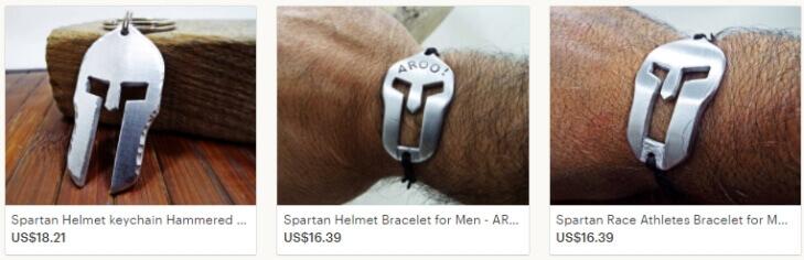 Браслеты в виде спартанских шлемов на Etsy